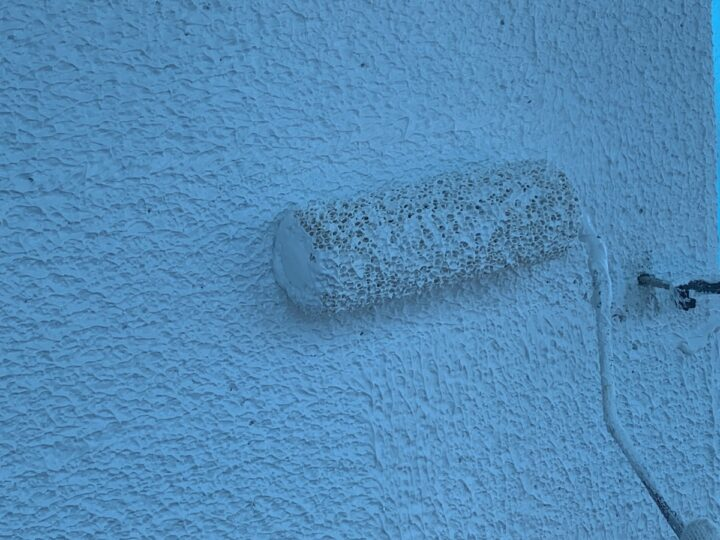 外壁下塗り 施工中