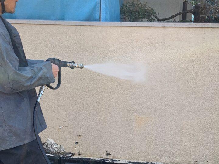 塀 高圧水洗浄