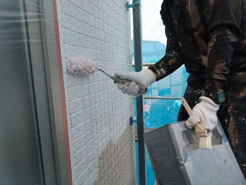 外壁工事 下塗り