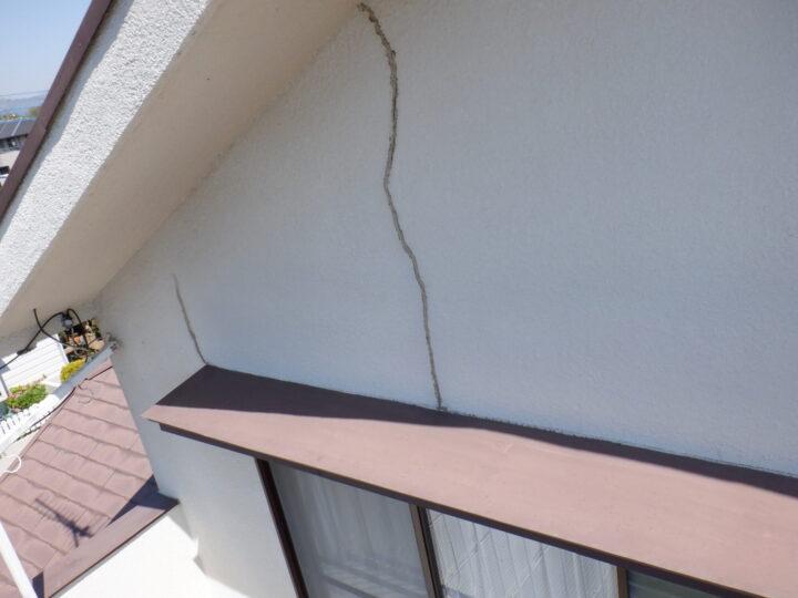 外壁 ひび割れ